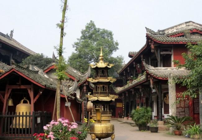 Päiväretki Huanglongxiin