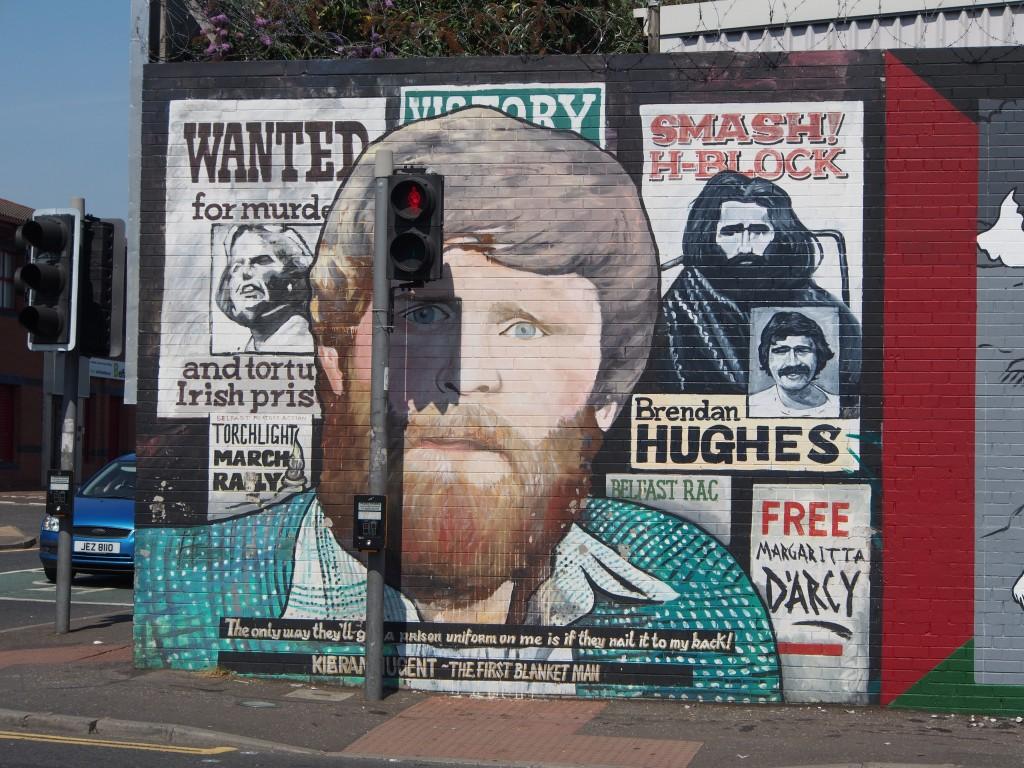 Läntinen Belfast henkii poliittista historiaa