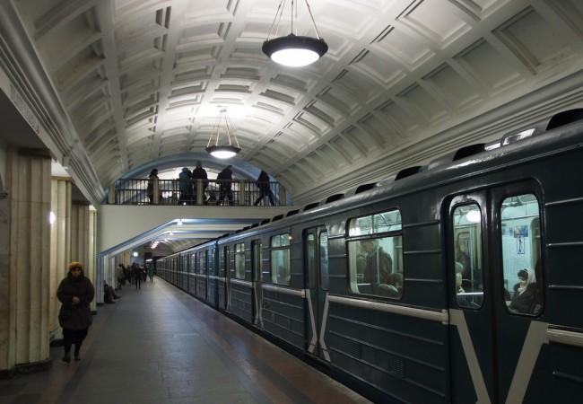 Maanalainen maailma – yllättävä Moskovan metro on nähtävyys