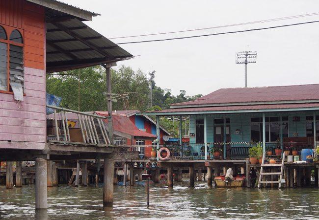 Water villages – Bandar Seri Begawan leviää veden päälle