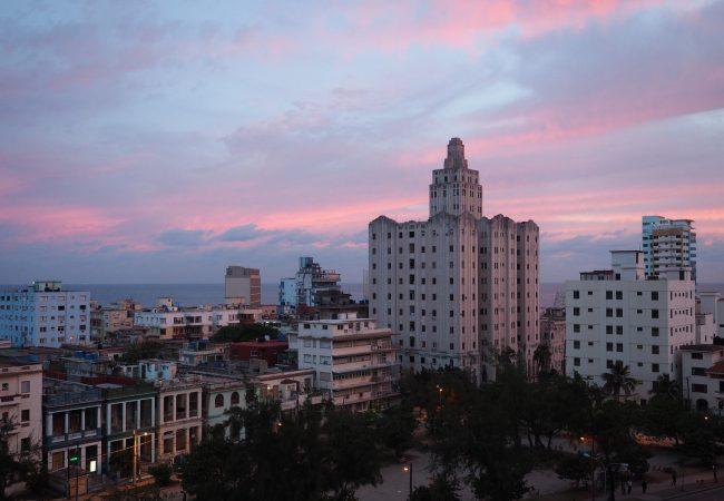Kuuban-matka euroina. Paljonko maksoi 8 yön reissu?