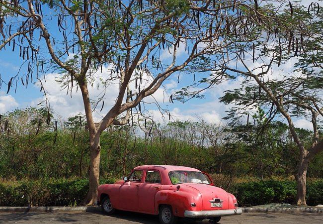 Autoilusta Kuubassa