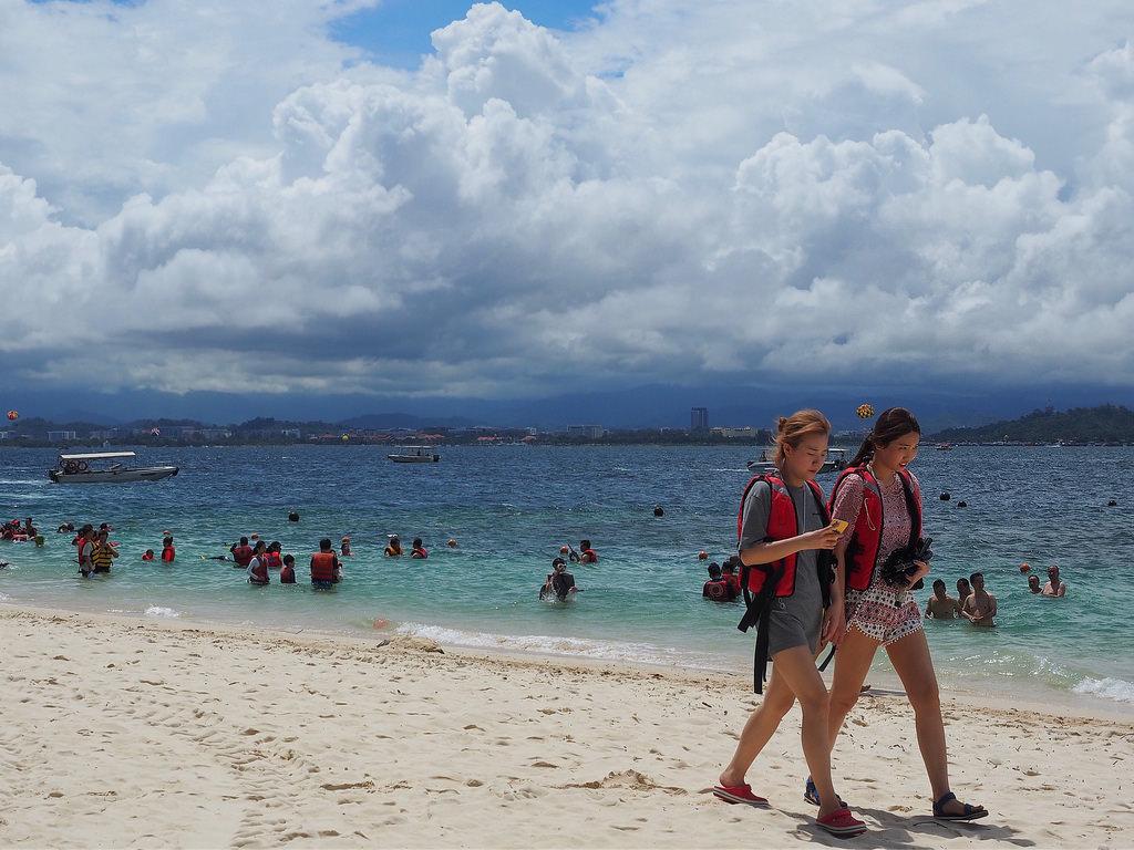 Saarihyppely Kota Kinabalussa – hitti vai huti?