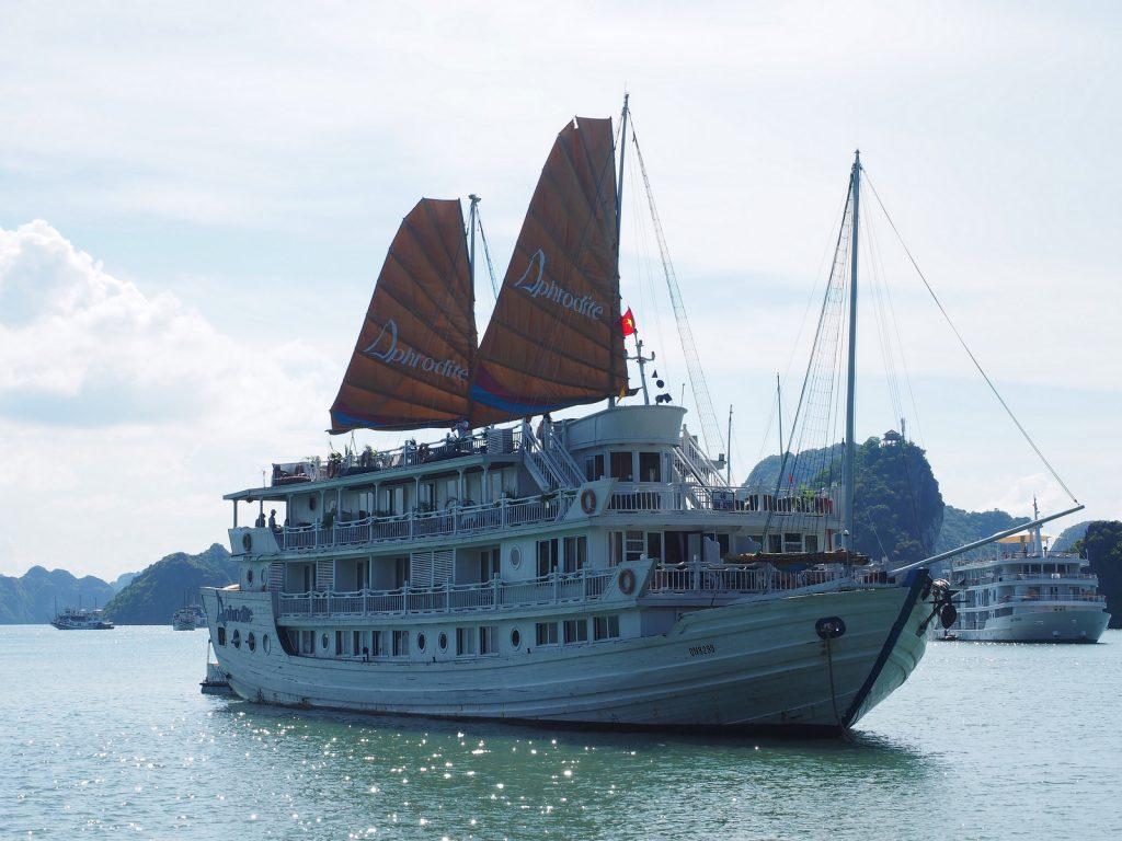 Halong Bay luksusristeillen