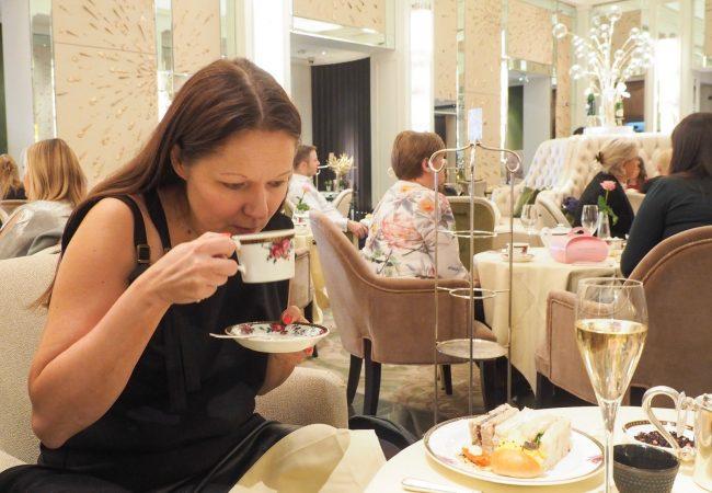 Afternoon tea on pala brittiläistä traditiota