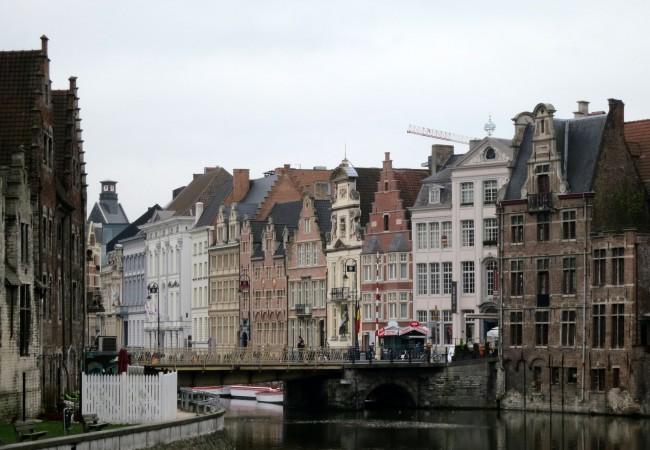 Vielä aamu Gentissä
