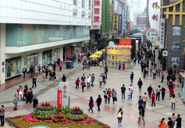 Paikalla 24D lennolla Chongqingista Helsinkiin – mietteitä Kiinasta