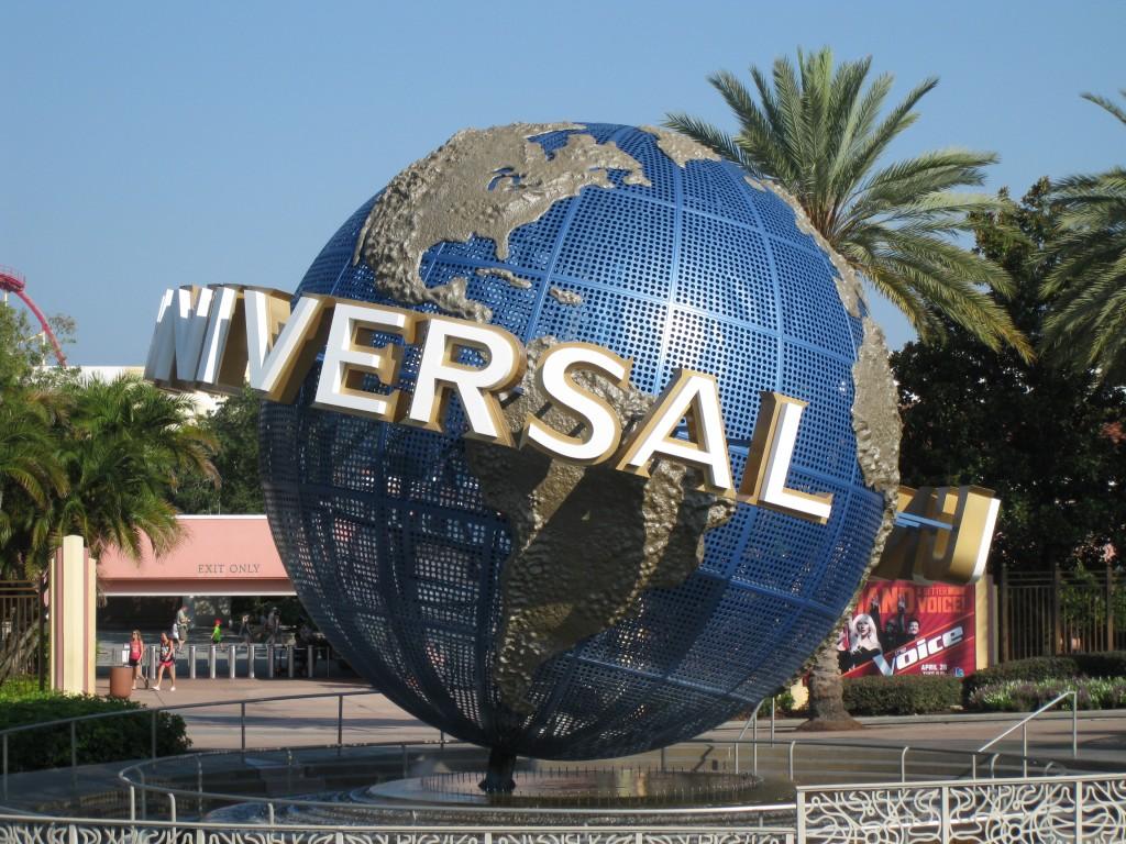 Lupa lapsettaa – Universal Studiot