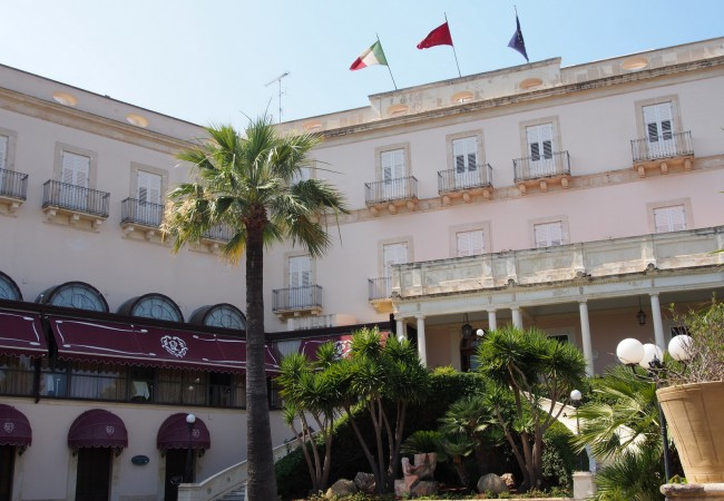 Pientä hemmottelua – hotelliöitä Sisiliassa