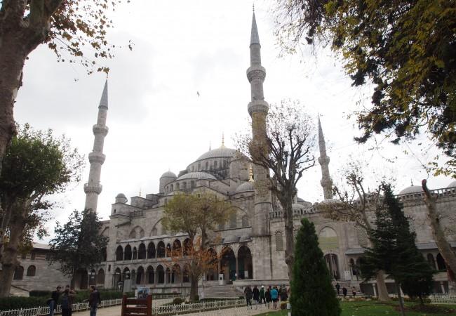Istanbulin tunnetuimmilla nähtävyyksillä ihan James Bondina
