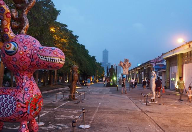 Kaohsiung – turisteja, taidetta ja uskonnollisia menoja