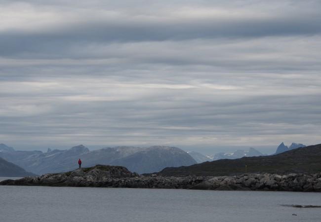 Hääpäivä Nuukissa – voi vaikka seurata jäälauttojen vaellusta