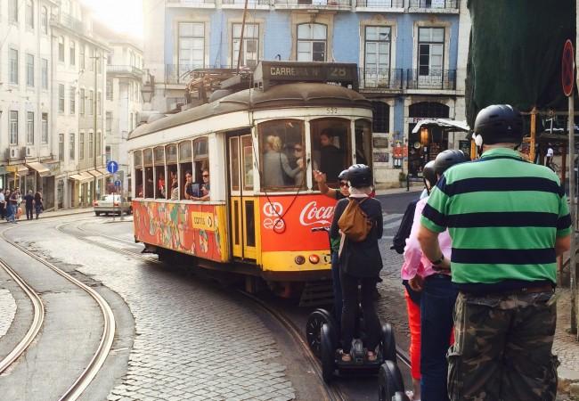 Segwayllä sympaattisessa Lissabonissa