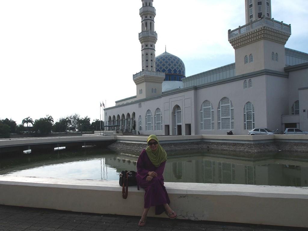 Borneo, osa 2. Kaupunkikierros Kota Kinabalussa
