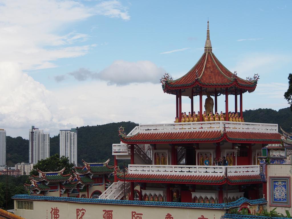 Nähtävää George Townissa: Penang Hill ja Kek Lok Si -temppeli