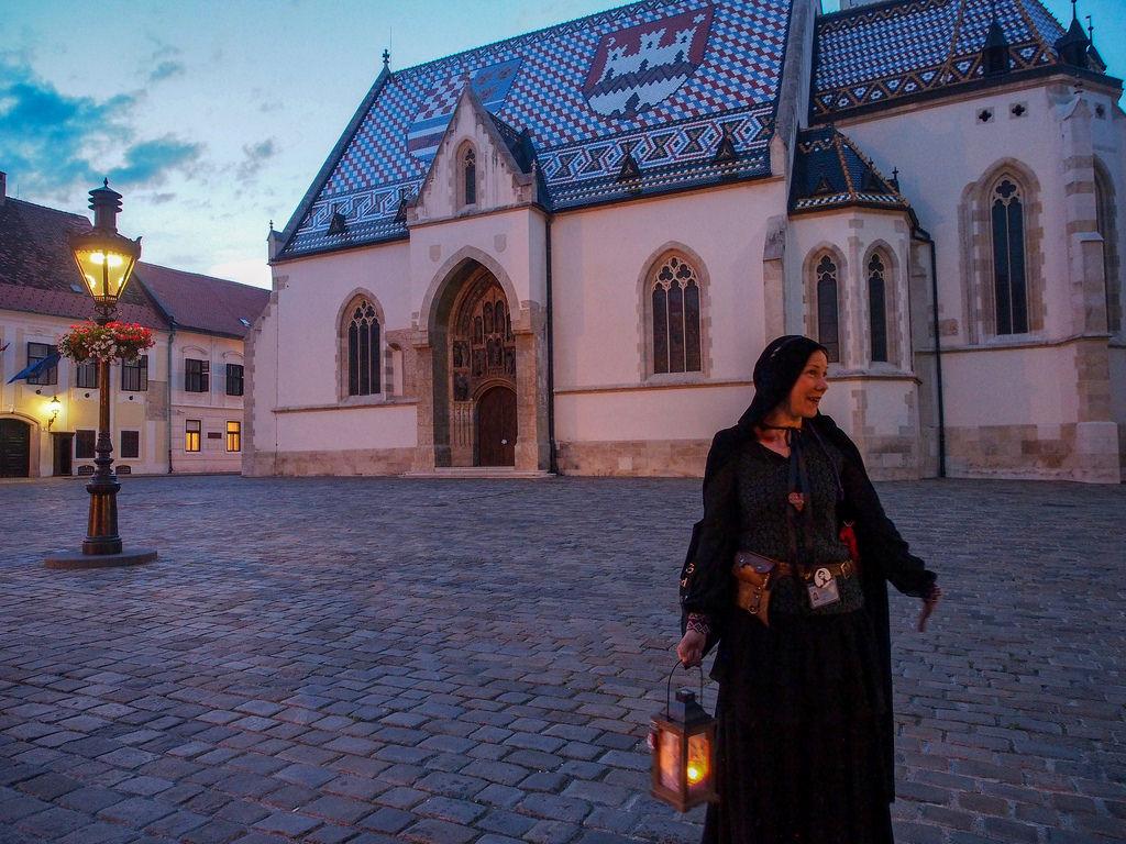 Kummituksia ja lohikäärmeitä Zagrebin yössä