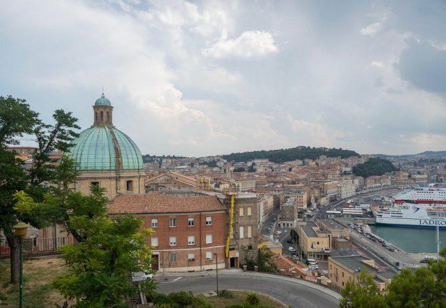 Ancona, kaupunki jonka pilasi huono tuuri